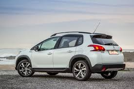 peugeot 2008 crossover peugeot 2008 1 2t gt line auto 2017 review cars co za