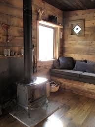 Small Cabins Best 25 Small Cabin Interiors Ideas On Pinterest Small Cabin