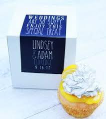 cake favor box wedding favor to go box wedding by lovemrandmrs