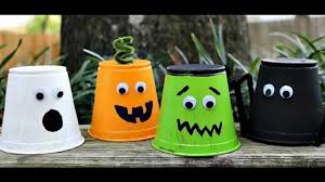 Make At Home Halloween Decorations by Easy To Make Halloween Arts And Crafts For Kids Youtube