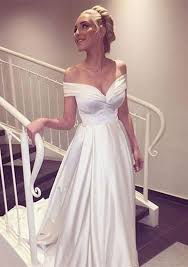 best 25 fitted wedding gown ideas on pinterest fitted wedding