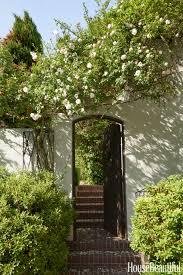 Spring Flower Garden 30 Spring Garden Ideas Pictures Of Beautiful Spring Gardens