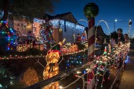 How Much Light Does Your by How Much Does It Cost To Cover Your House In Christmas Lights