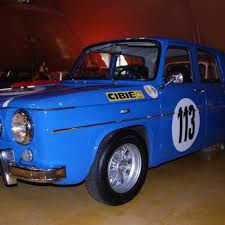 renault gordini r8 legend cars