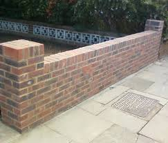 Garden Brick Wall Design Ideas How To Build A Brick Garden Wall Garden Wall Repairs Build Brick