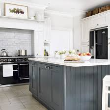Modern Country Kitchen Design Ideas Country Kitchen With Grey Island And Black Range Cooker Kitchen