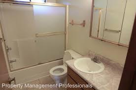 Bathroom Grants 1702 Ne Fairview Ave Grants Pass Or 97526 Rentals Grants Pass