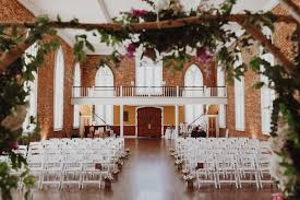 wedding venues in portland oregon downtown portland oregon summer wedding carr photography