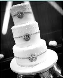 wedding cakes with bling wedding cake bling beautiful cakes that sparkle shine ideal