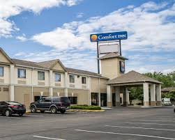 Red Roof Inn Brice Rd Columbus Ohio by Comfort Inn North Conference Center Columbus Oh Booking Com