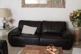 idee deco salon canape noir idée décoration salon avec canapé noir