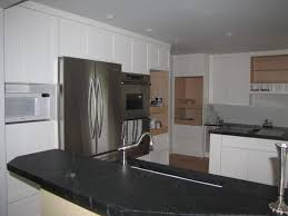 modern crown molding for kitchen cabinets http