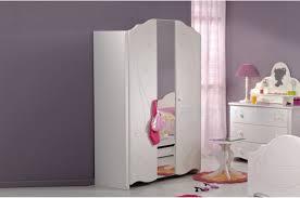 meuble chambre fille armoire de chambre fille blanc brillant chic novomeuble