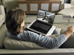 Laptop Desk With Speakers by Logitech Speaker Lapdesk N700 Brings The Theater Home Logitech