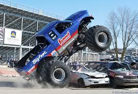 bigfoot 4x4 monster truck monster truck monster truck trucks 4x4 wheel wheels q wallpaper