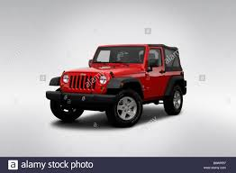Wrangler 2009 2009 Jeep Wrangler X In Red Front Angle View Stock Photo