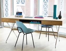 grand bureau en bois s duisant grand bureau design 6 en bois pietement treteaux metal