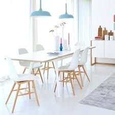 cuisine avec table à manger table salle a manger scandinave table a manger en bois et noir de