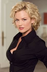 medium short curly hairstyles for women some pictures about