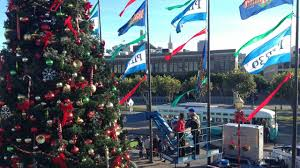 photos abc7 news at the pier 39 tree lighting celebration in san