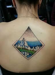 arti tato bulu merak ide desain tato geometris yang keren untuk anda gagasan seni tato