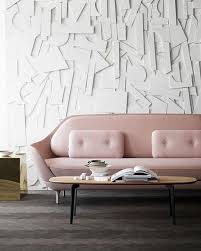 husse fã r sofa needing wanting loving a pink sofa the peak of tres chic