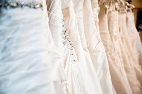 monique lhuillier celebrity wedding dress designer