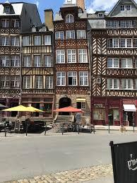 Rennes And North East Brittany France June 2017 Claire Bureau De Change Rue De Rennes