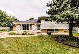 Des Plaines Il by 1033 Marshall Drive Des Plaines Il 60016 Achieve Real Estate