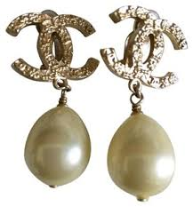 clip on pearl earrings chanel gold pearl plated cc dangle clip on earrings tradesy