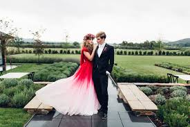 Red And White Wedding Dresses Elegant Red Ombre Wedding Dress U0026 Gold Sparkly Wedding Inspiration