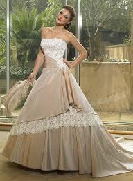 robe mari e originale ligne a sans bretelle évasé dentelle taille serrée robe de mariée