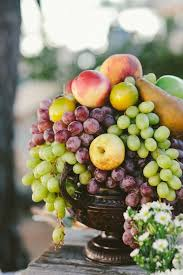 fruit centerpieces 29 budget friendly easy and diy centerpieces wedding for 1000