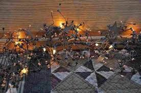 lighted pip berry garland at primitive quilt shop