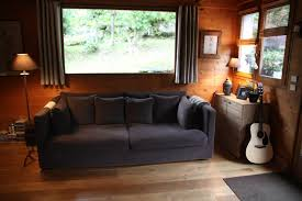 canapé style chalet deco chambre style chalet amnager pour une famille nombreuse