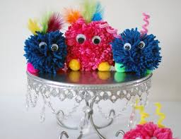 finally finished up the quick and easy pom pom monster tutorial i