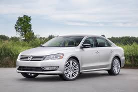 2014 volkswagen passat vw features review the car connection