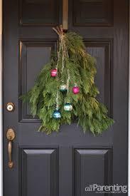 29 diy christmas front door decorations shelterness