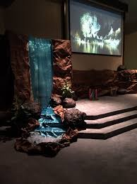 cave quest vbs waterfall decor vbs ideas pinterest cave