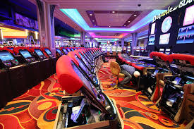 casinos with table games in new york inside gaming genting invades new york city sands wynn rely on
