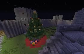 make a minecraft christmas tree and post a pic screenshots