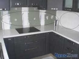 meuble de cuisine en verre finition cuisine mur entre meubles