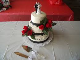 simple black white red wedding cake cakecentral com