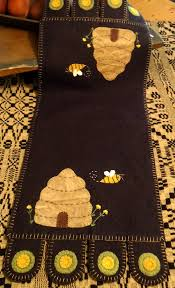 383 best penny rugs wool designs images on pinterest penny rugs