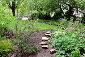 Landscaping Columbia Mo by Landscaping Columbia Mo Designer Landscape Mulching