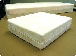 changer mousse canapé mousse pour coussins canape mousse coussin canape changer mousse