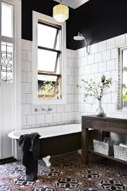 Black And White Bathroom Tiles Ideas by Best 25 Black White Bathrooms Ideas On Pinterest Classic Style