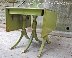 dressers a duncan phyfe table it s versatile since both sides of the table can be folded down the legs have such charm you can see the hinges that allow the sides to fold down or lock