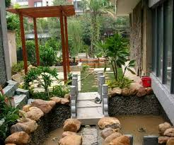 Narrow Backyard Landscaping Ideas Small Backyard Garden Decorating Clear