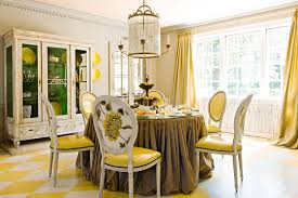 Traditional Decorating In Sunny Yellow Traditional Home - Traditional home decor